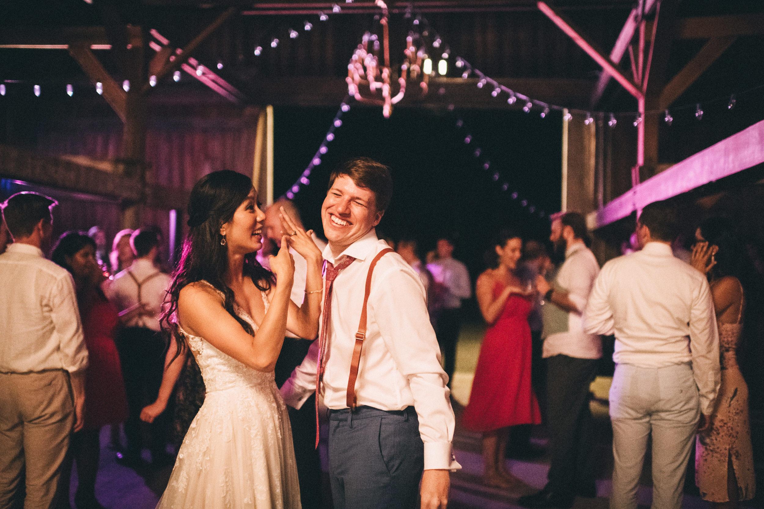 Louisville-Kentucky-Wedding-and-Elopement-Photographer-Sarah-Katherine-Davis-Photography-Summer-Jewel-Toned-Wedding-Chineese-Tea-Ceremony-Warrenwood-Manor-Danville-1108.jpg