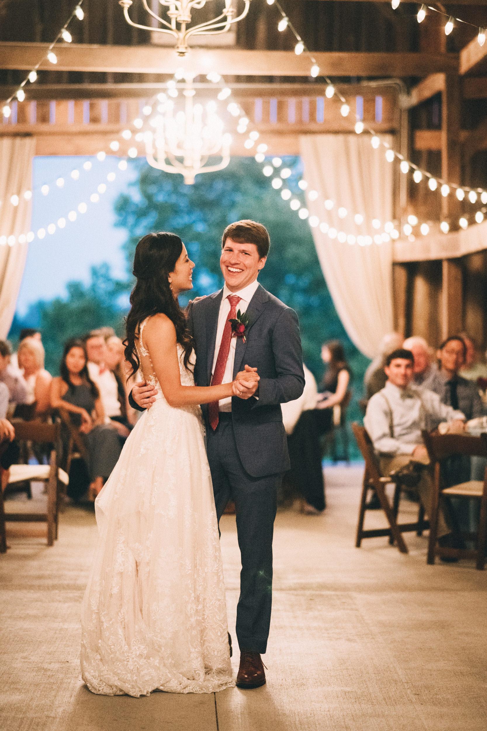 Louisville-Kentucky-Wedding-and-Elopement-Photographer-Sarah-Katherine-Davis-Photography-Summer-Wedding-Warrenwood-Manor-Janice-Quentin-2-3edit.jpg
