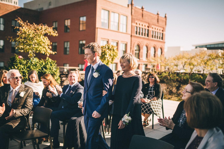 Jessica-Arno-Intimate-21c-Museum-Louisville-Kentucky-Wedding-By-Sarah-Katherine-Davis-Photography-277edit.jpg