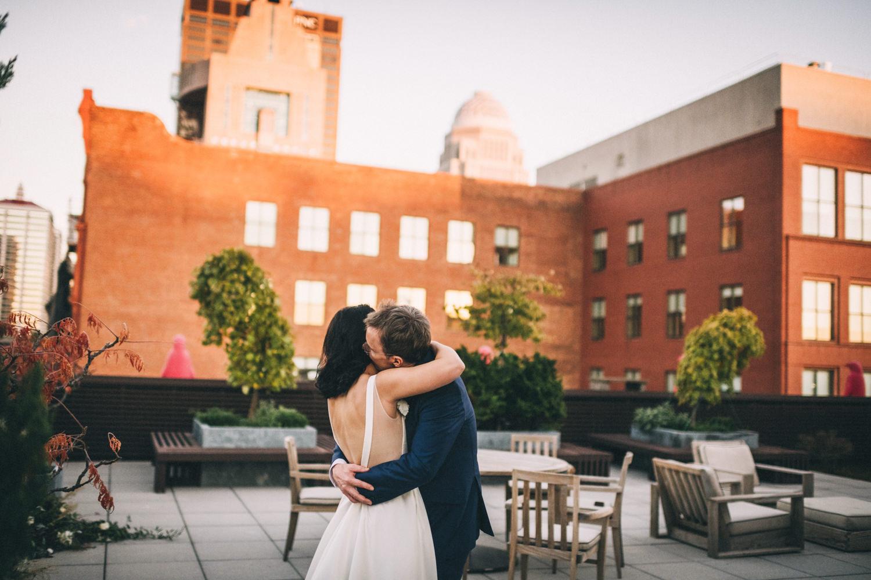 Jessica-Arno-Intimate-21c-Museum-Louisville-Kentucky-Wedding-By-Sarah-Katherine-Davis-Photography-561edit.jpg