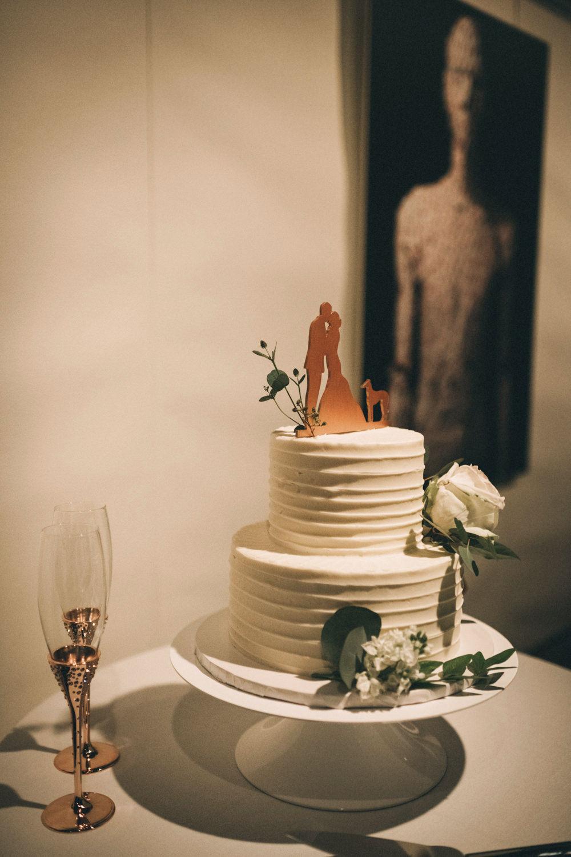 Jessica-Arno-Intimate-21c-Museum-Louisville-Kentucky-Wedding-By-Sarah-Katherine-Davis-Photography-233edit.jpg