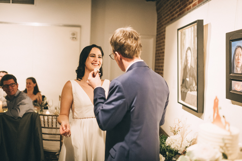Jessica-Arno-Intimate-21c-Museum-Louisville-Kentucky-Wedding-By-Sarah-Katherine-Davis-Photography-748edit.jpg
