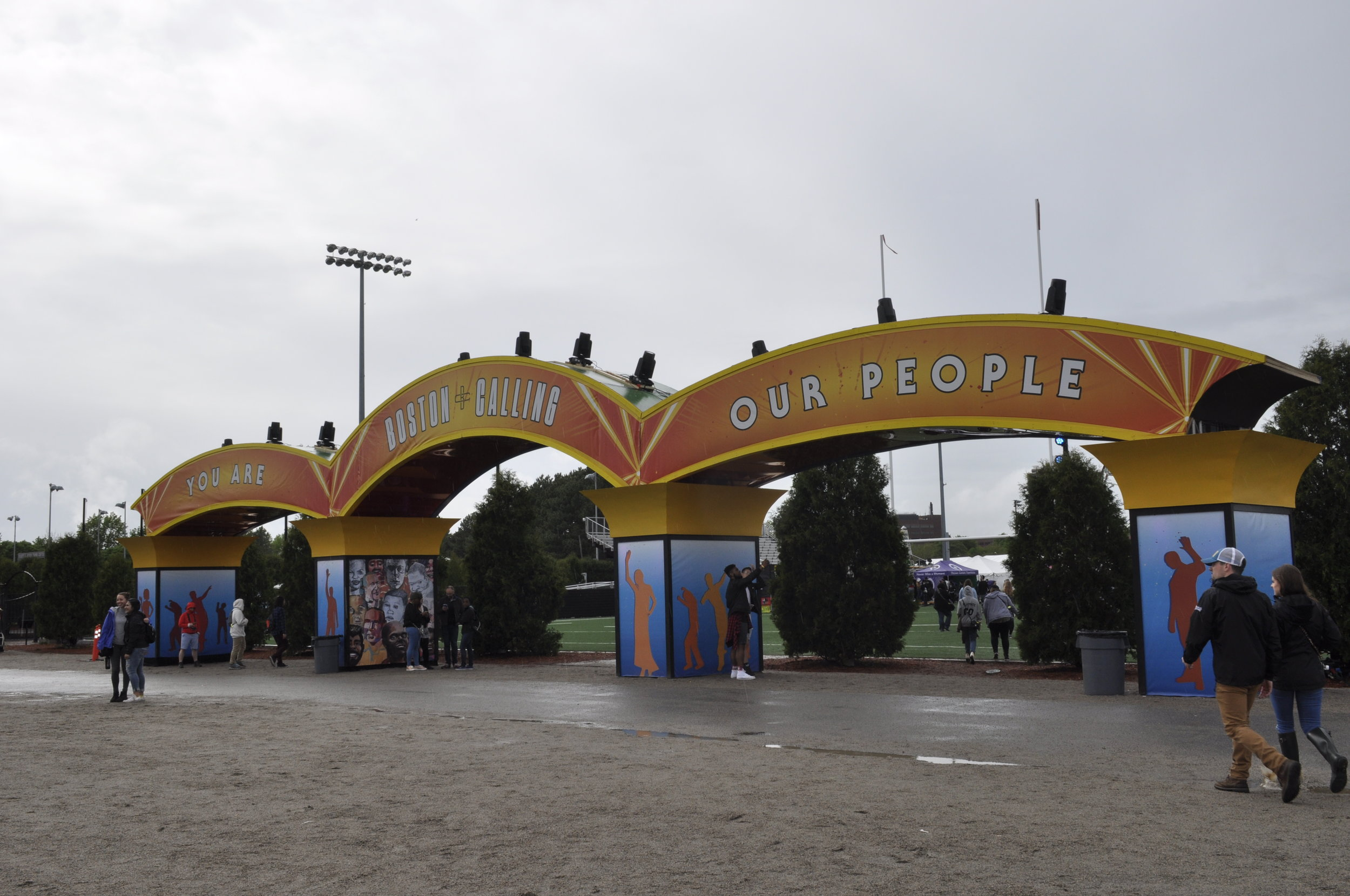 Entrance to the Red and Green Stages