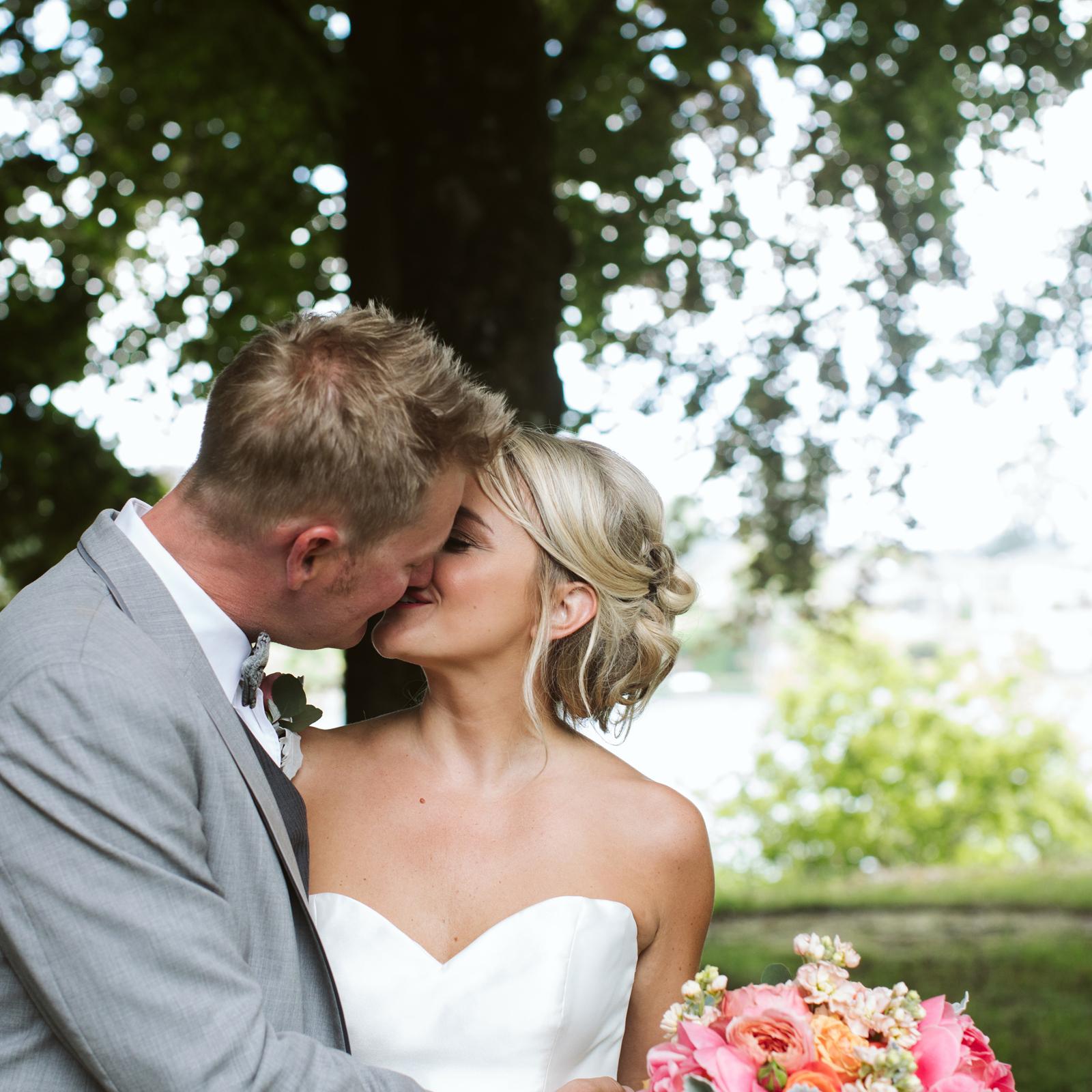 107-daronjackson-gabby-alec-wedding.jpg