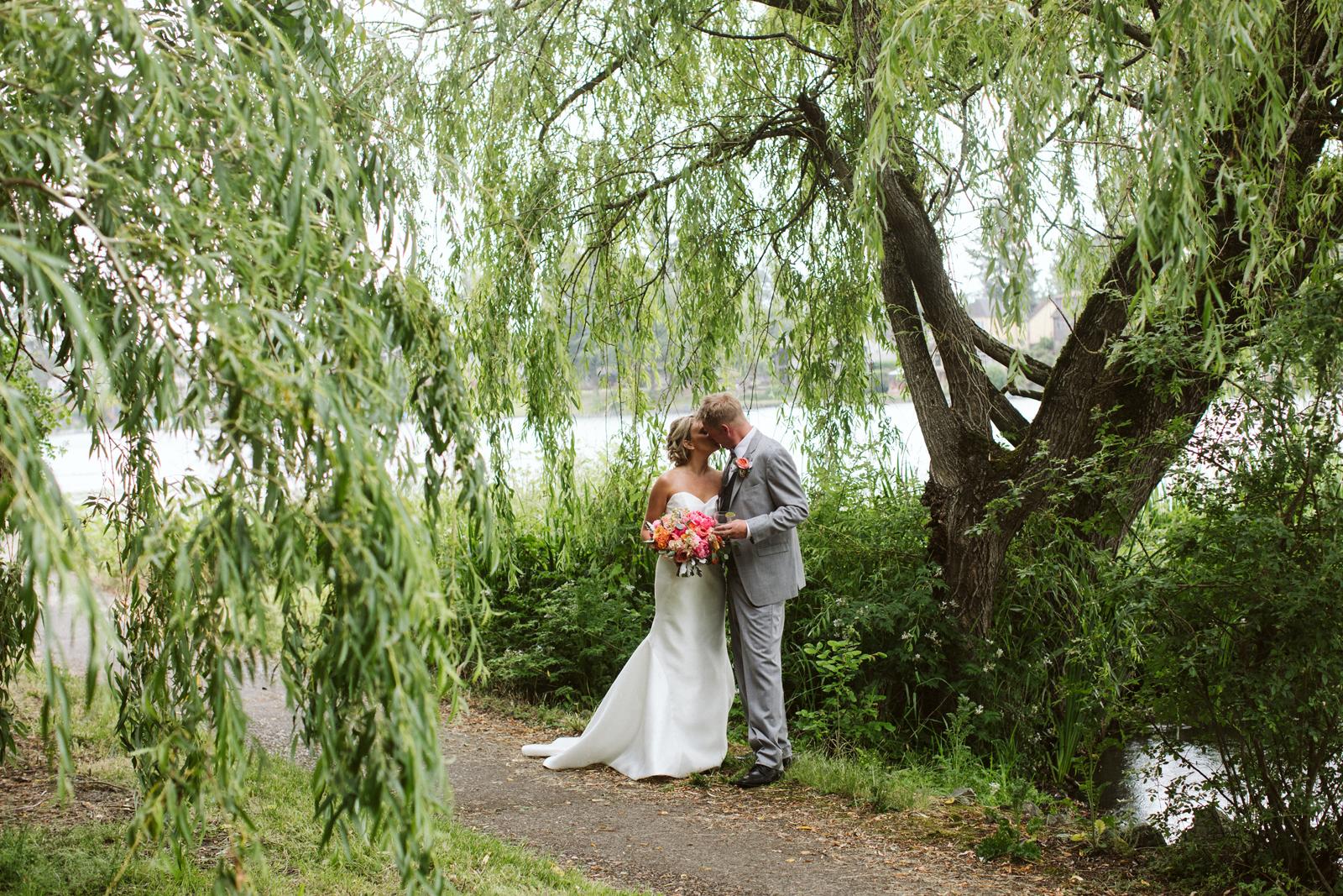112-daronjackson-gabby-alec-wedding.jpg