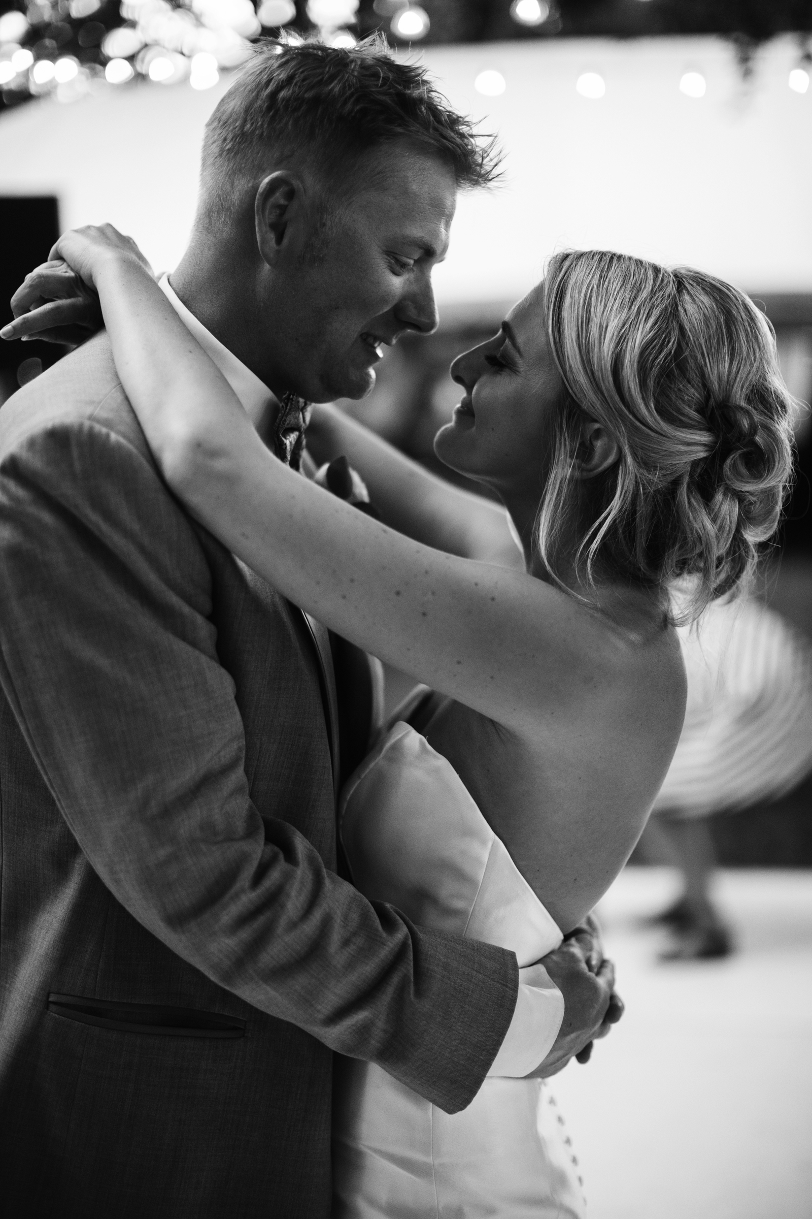 184-daronjackson-gabby-alec-wedding.jpg