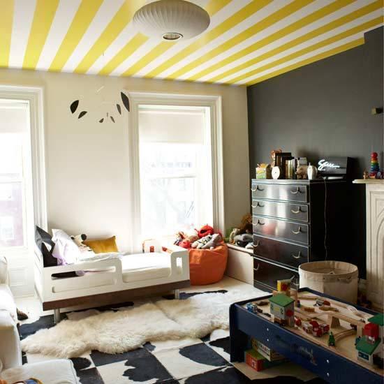 wallpaper-on-ceiling.jpg