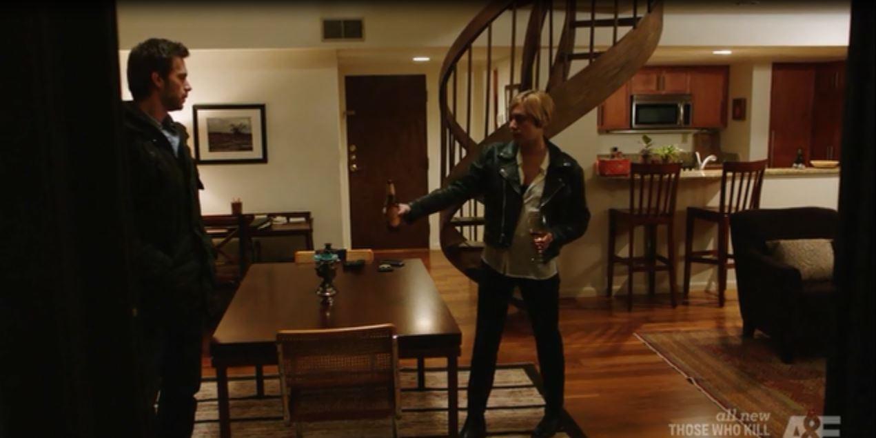 Those Who Kill: Season 1, Episode 1 - Chloe Sevigny's apartment
