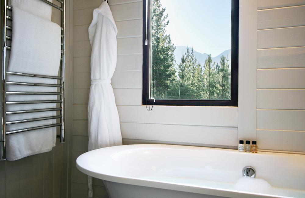 the suite - Bathroom