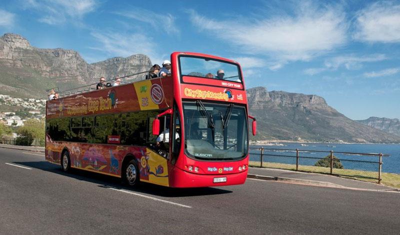 Lalapanzi-Lodge-Red-Bus.jpg