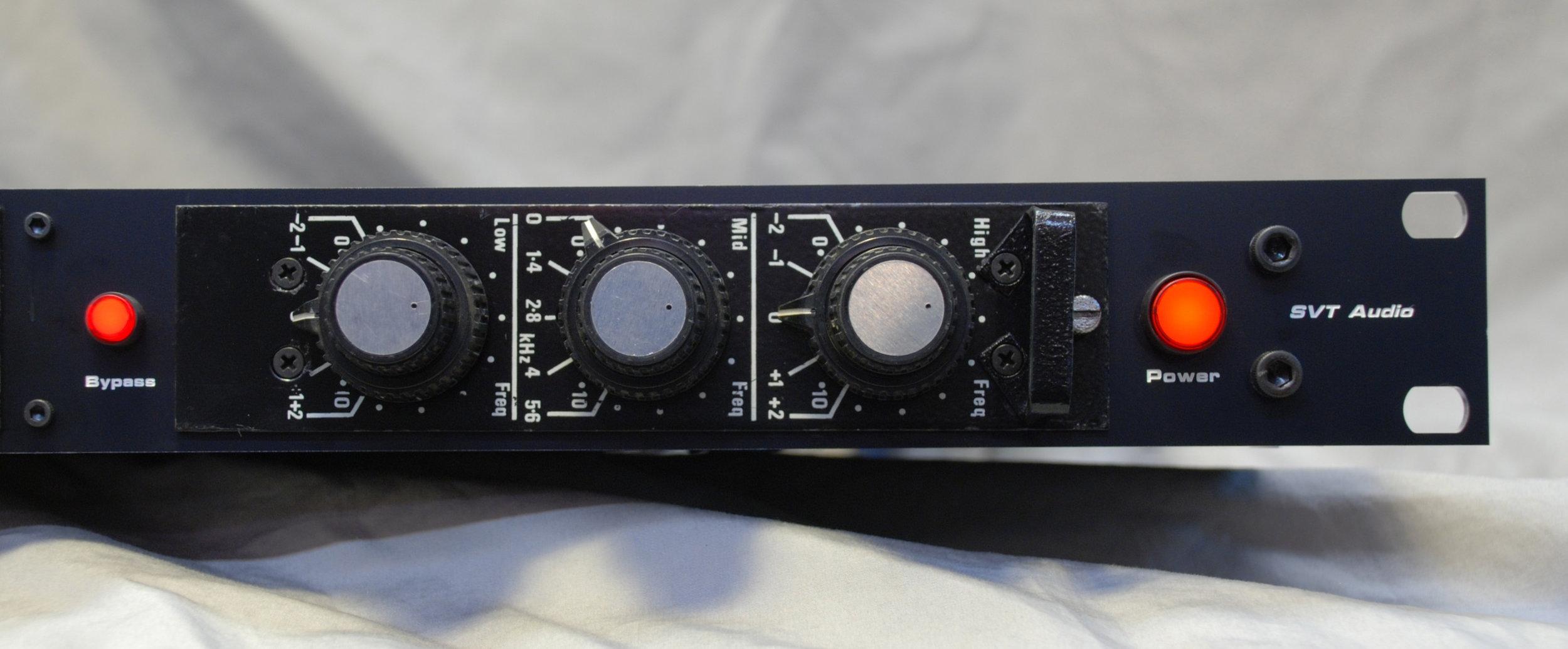 PYE 84 Series EQ RHS.jpg