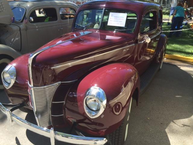 Lou 40 sedan.JPG