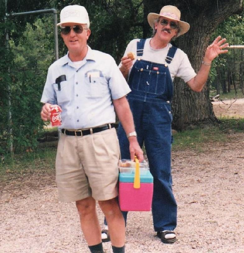Frank & Kenny at Picnic.jpg