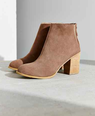 Ecote Short Suede Boot .png