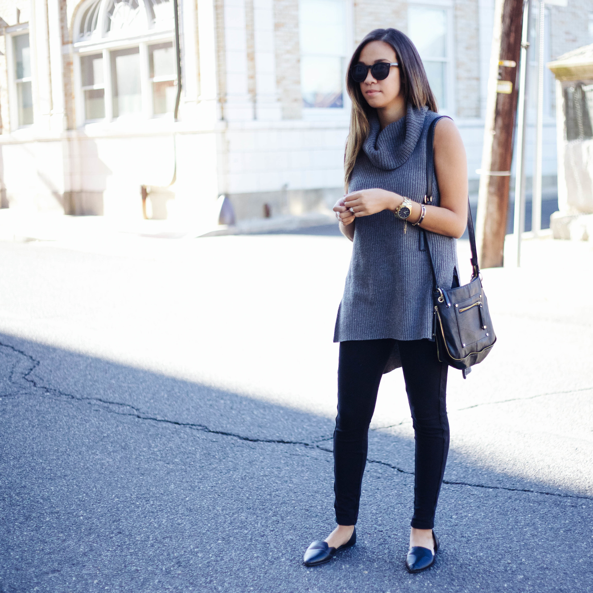 Grey Sleeveless Turtleneck 4.jpg