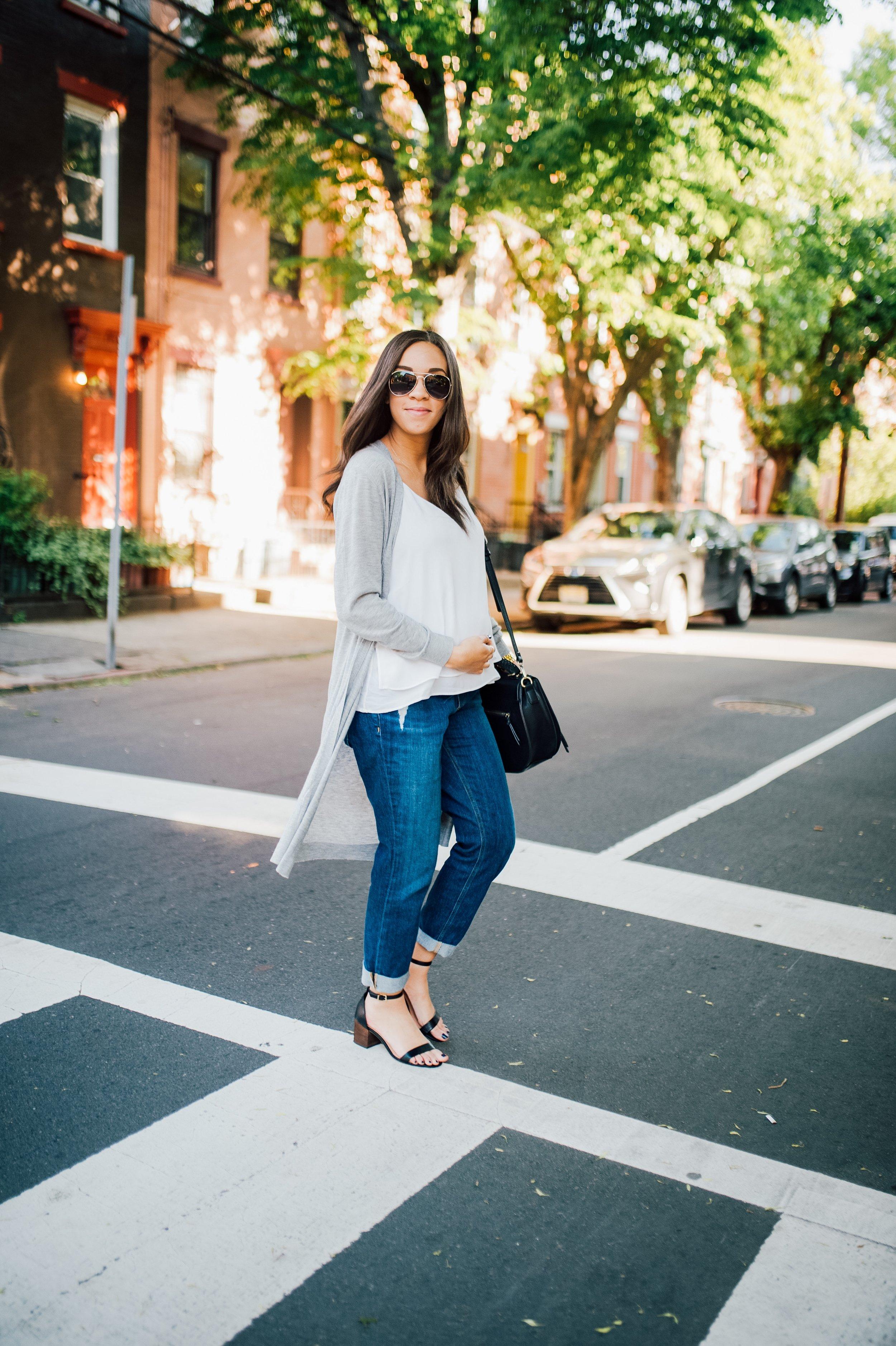Maternity Jeans 11.jpg