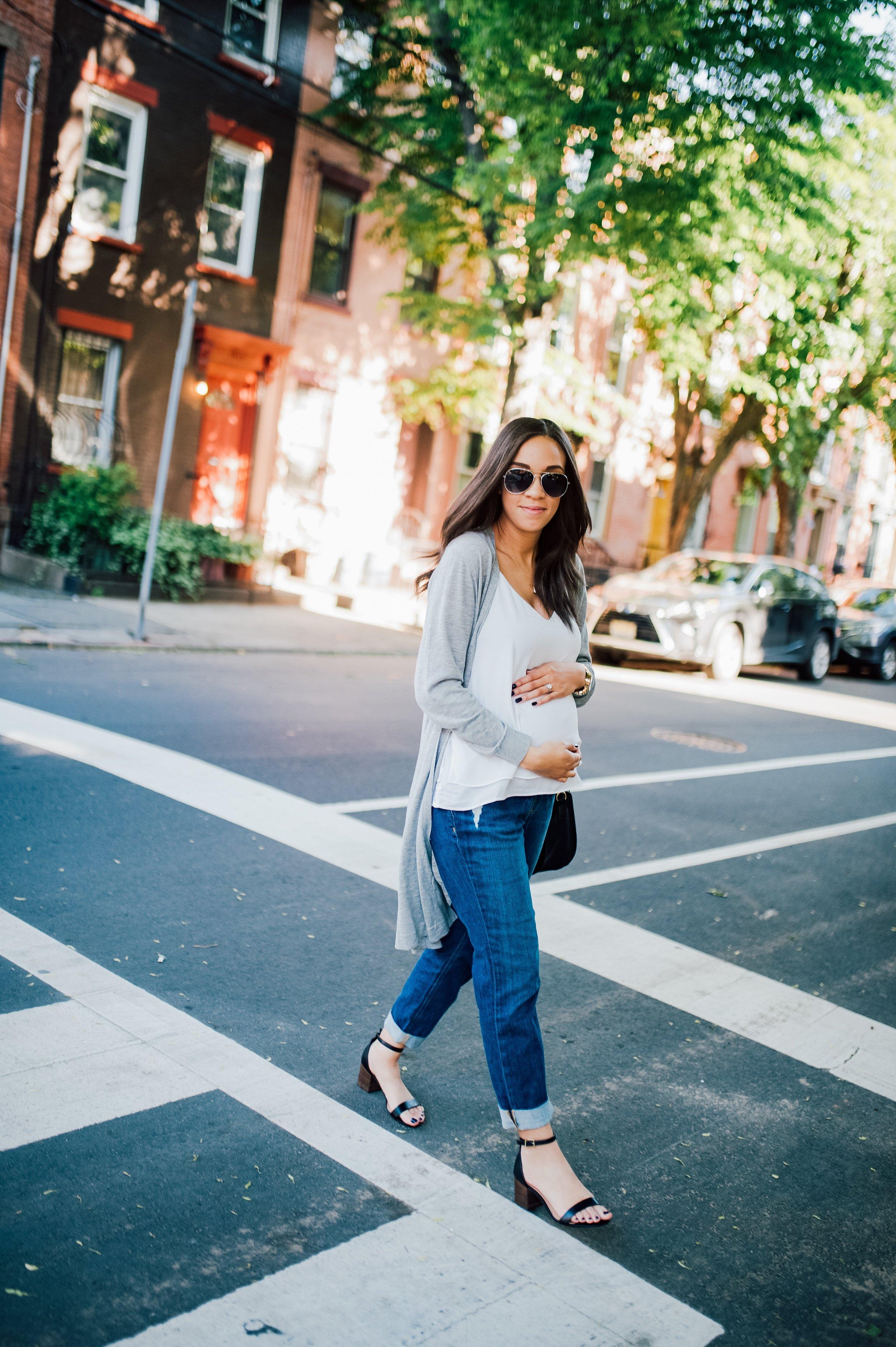 Maternity Jeans 12.jpg