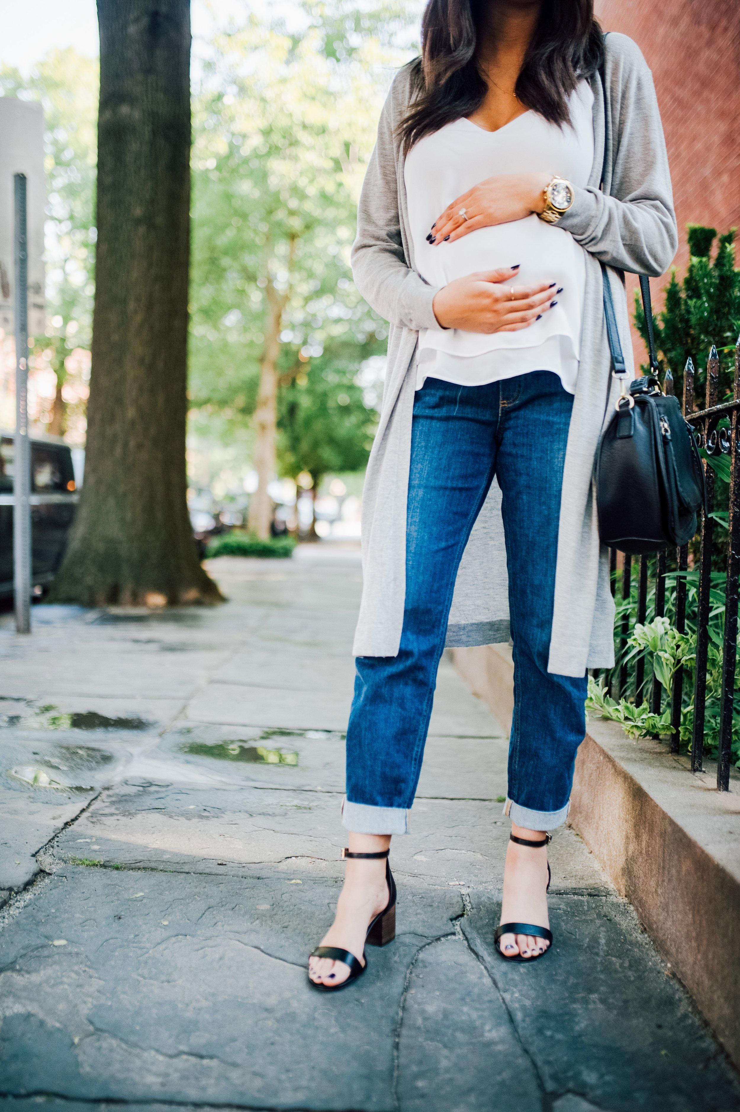 Maternity Jeans 14.jpg