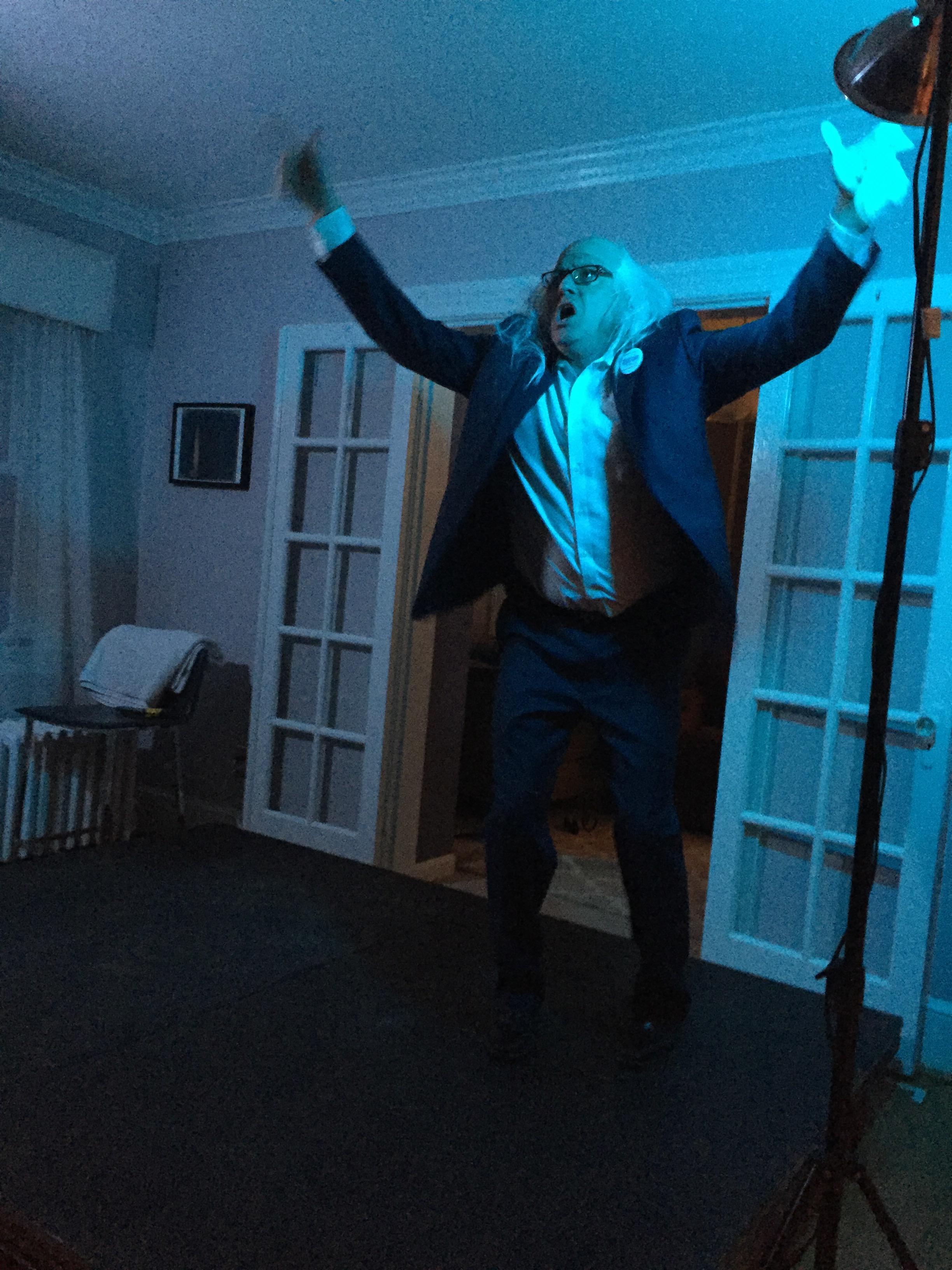 """Taylor Swift's """"Shake It Off"""" as Bernie Sanders"""