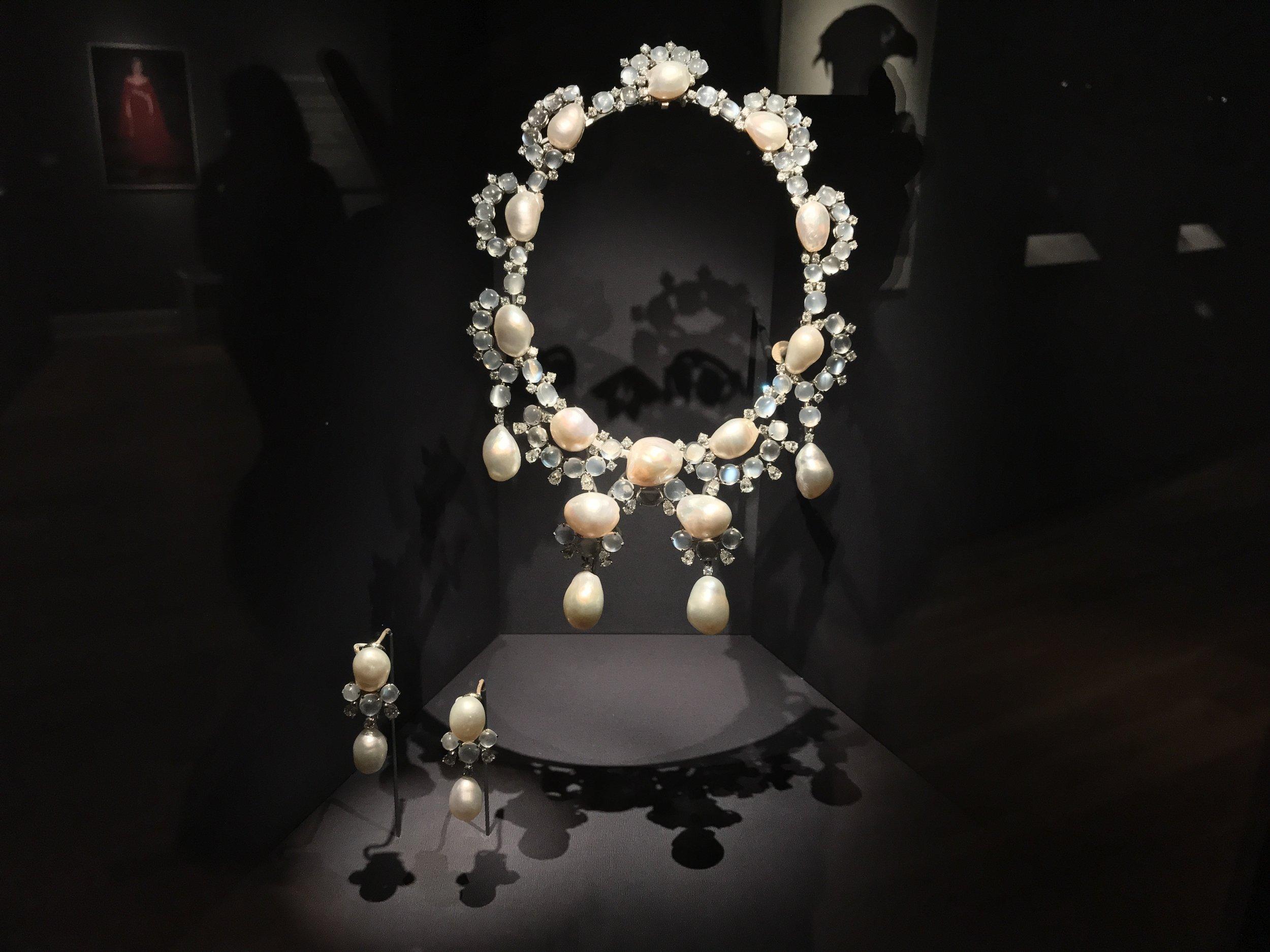 Burmese pearls, diamonds and moonstones