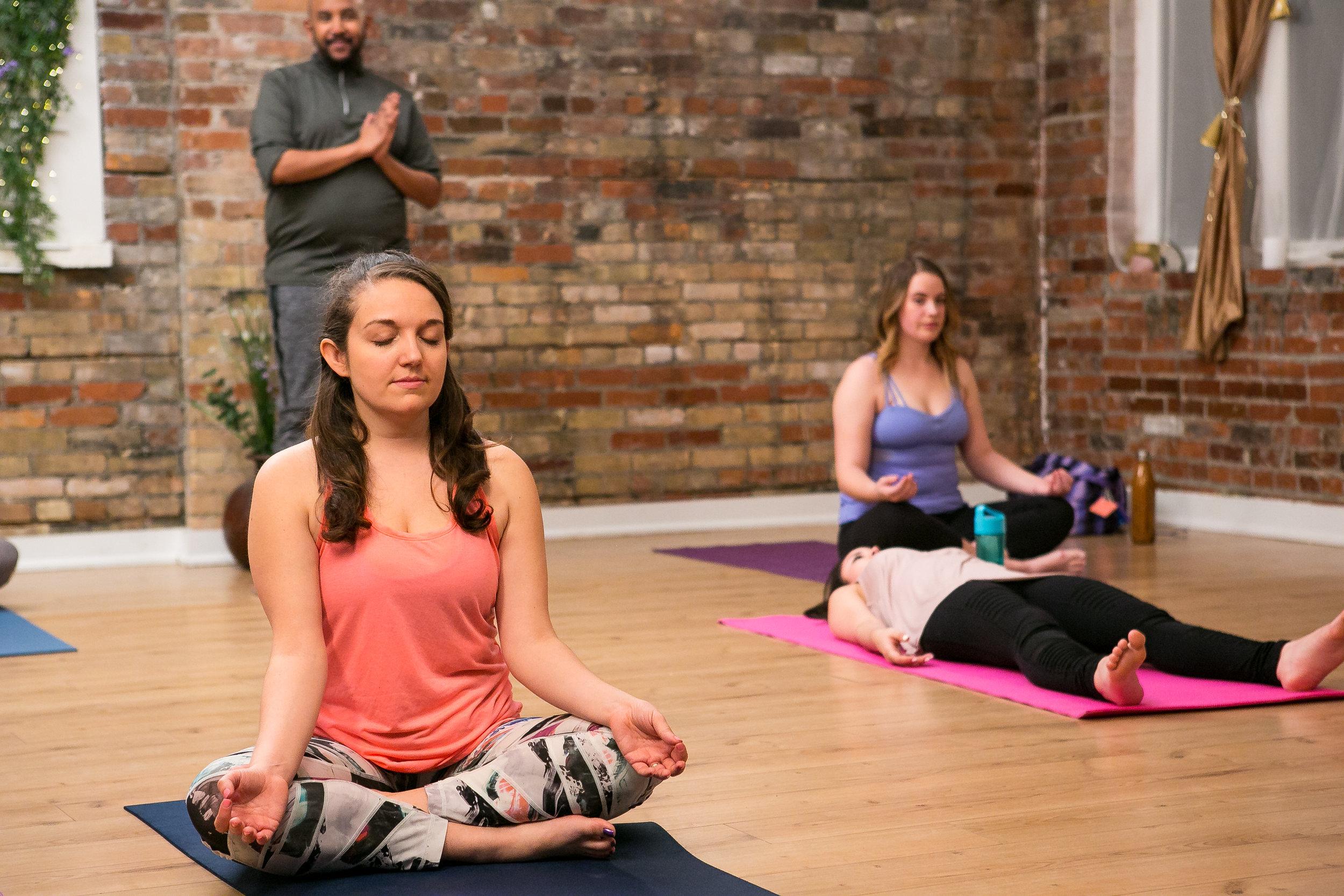 Yoga101_Stills-148 copy.jpg