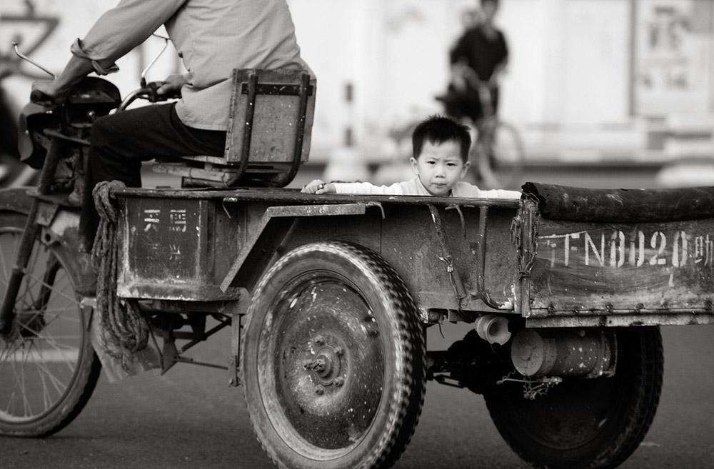 boy in trailer 1246.jpg
