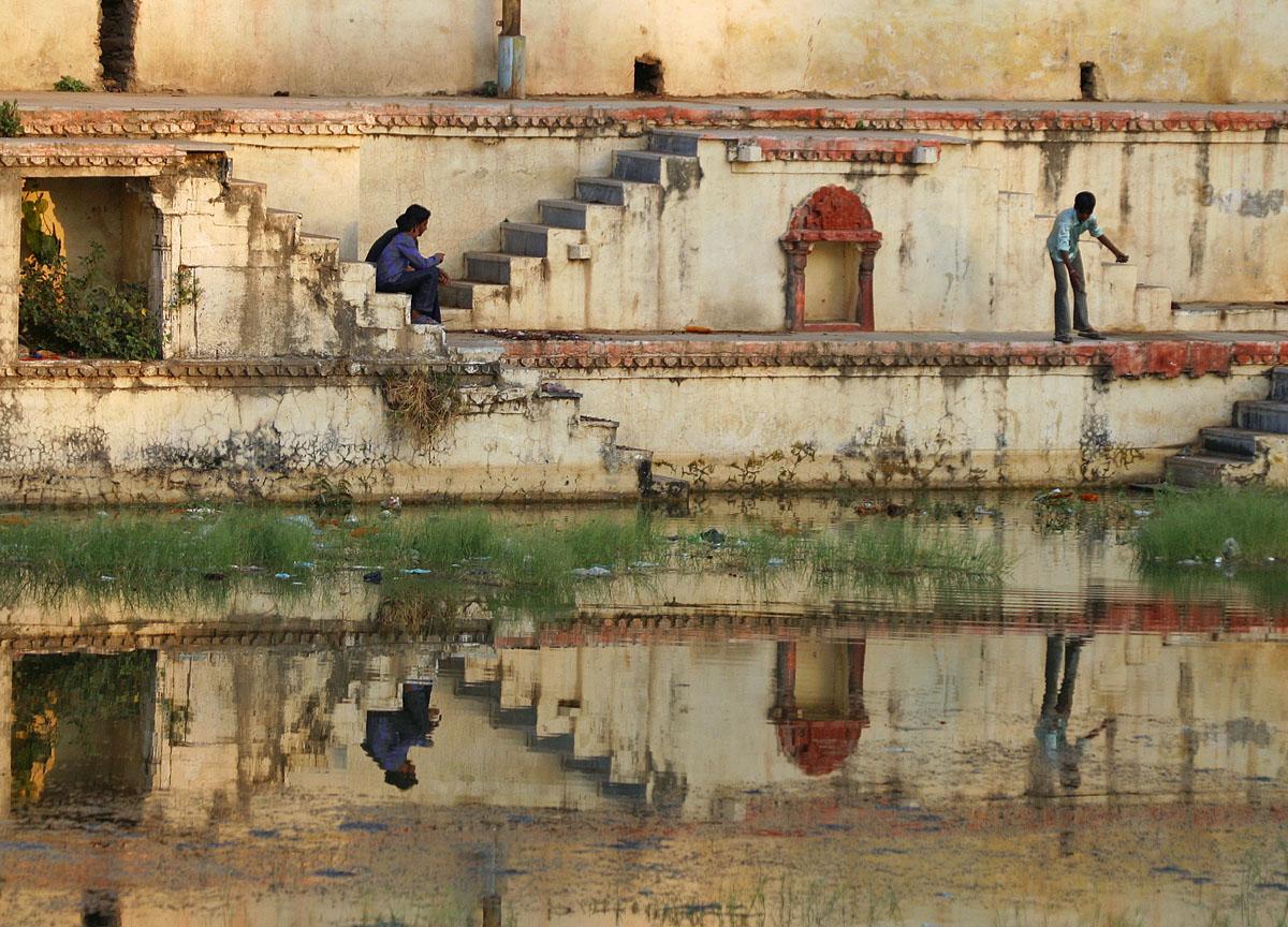 fishing reflections 2653.jpg