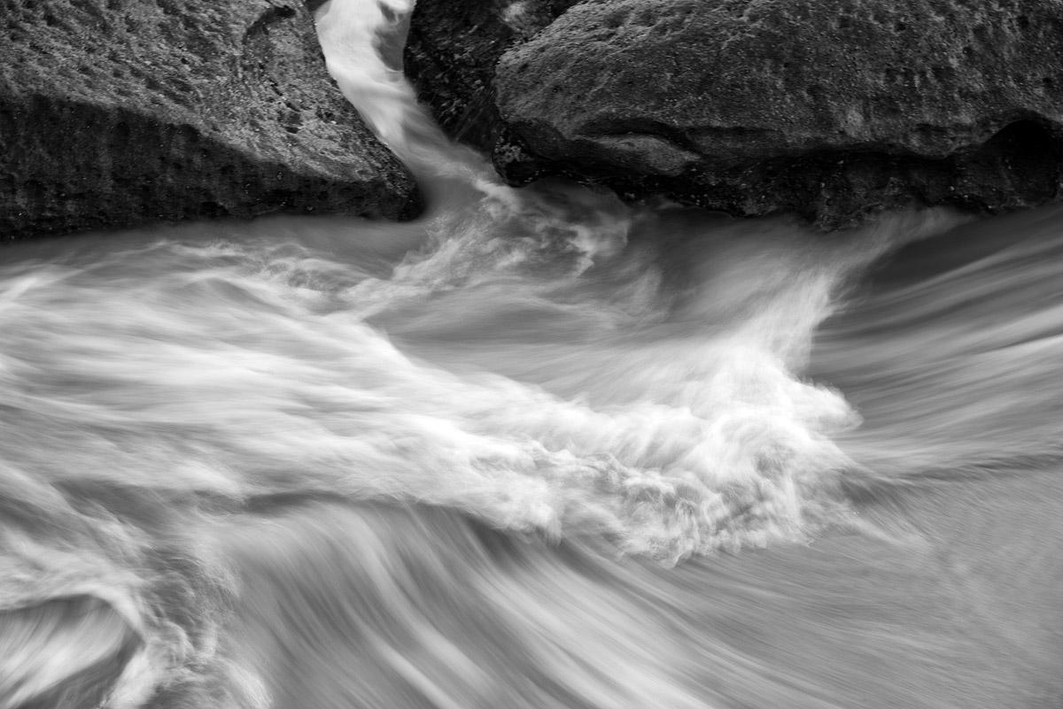 water through channel 3194.jpg