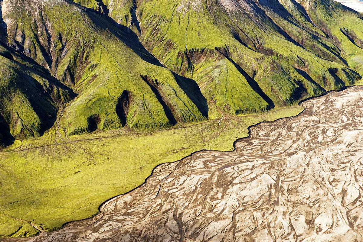 Aerial finger cliffs 5074.jpg