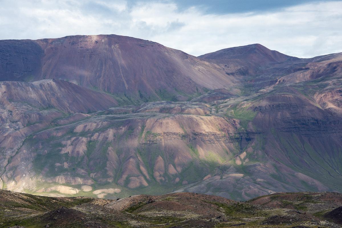 iceland coloured hills 2755.jpg