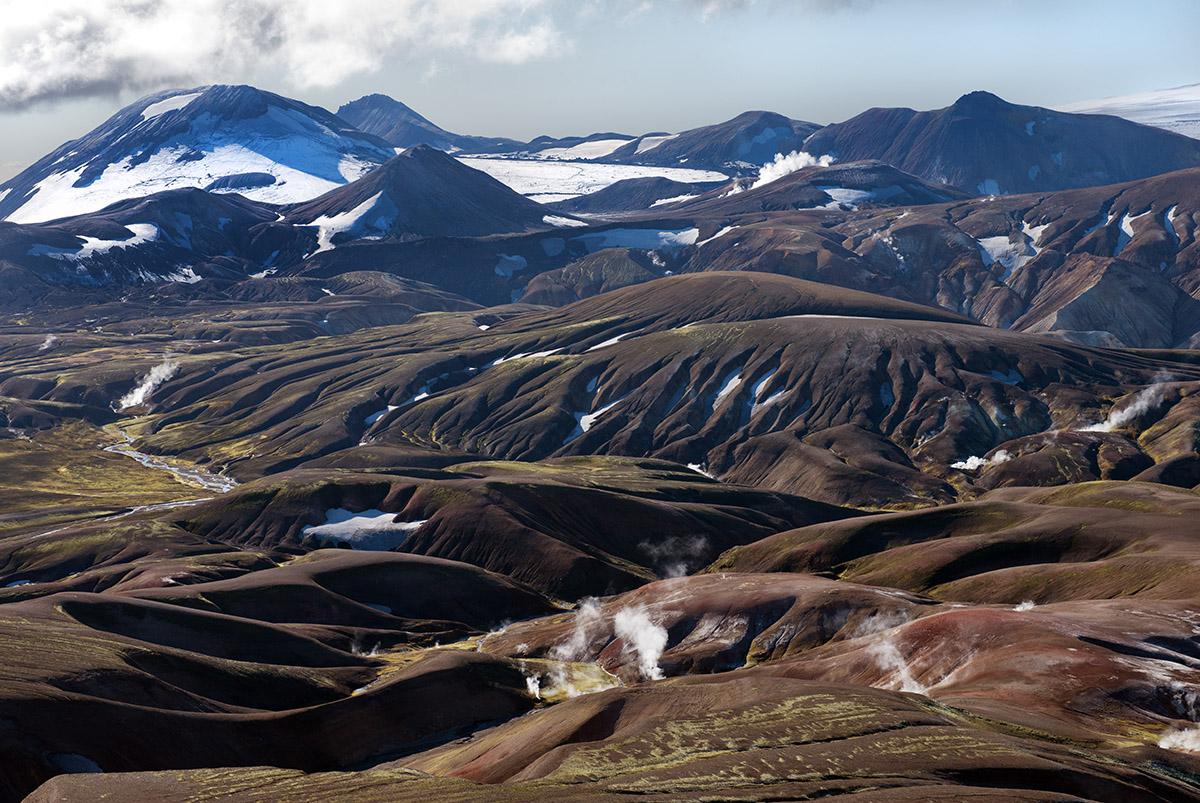 aerial folded lava fields sm 4881.jpg