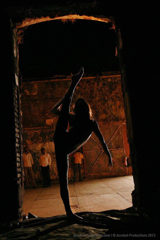 Backstage Mumbai 2013 1.jpg