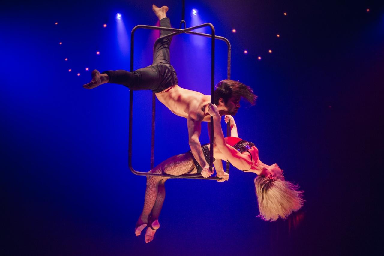 Hugo-and-Katharine-La-Soiree-at-Sydney-Opera-House__credit_Daniel-Boud-2-1280x853.jpg