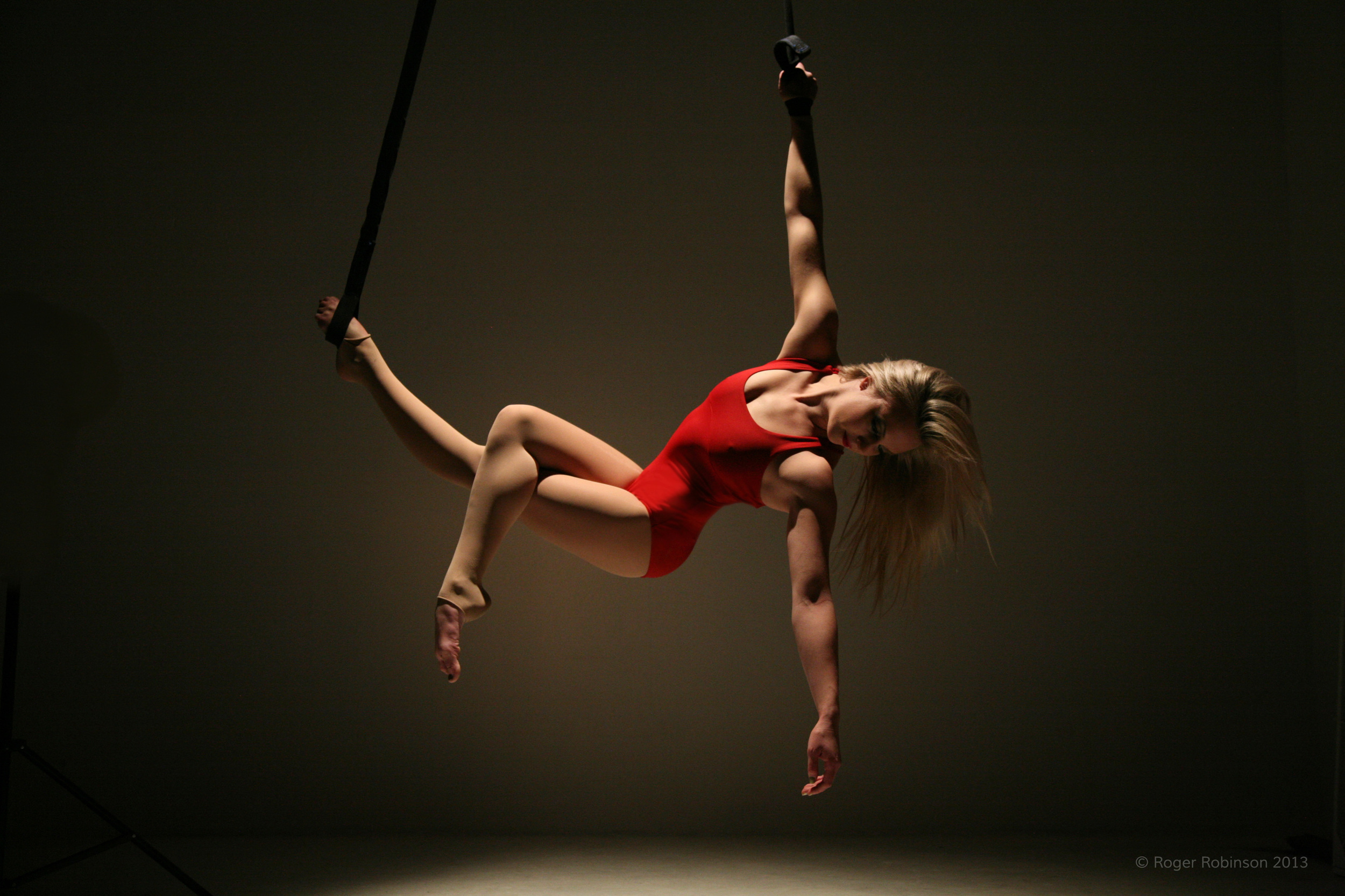 Katherine Would Aerial Straps