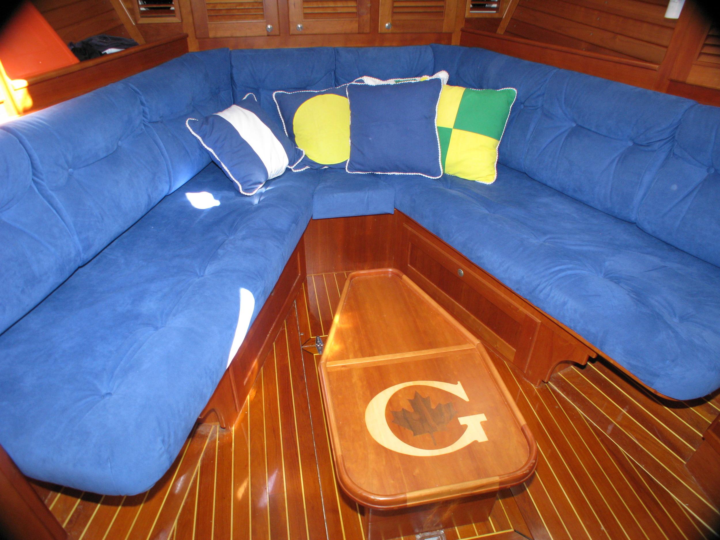 Forward cabin - configured for salon