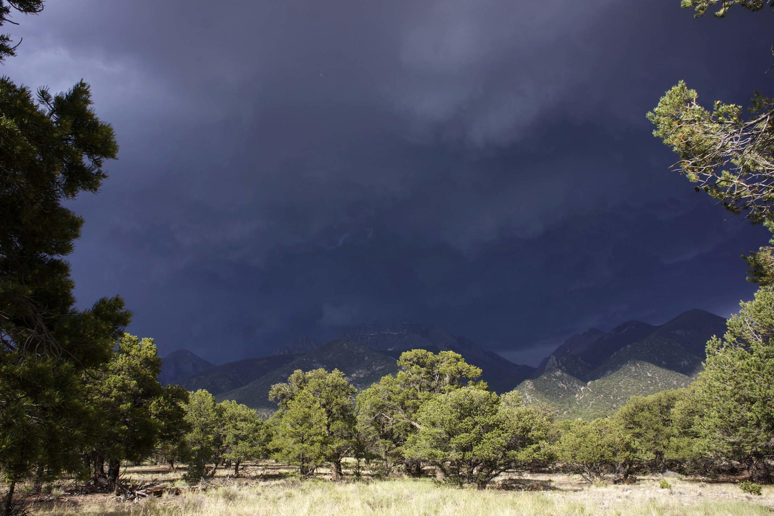 site-6.18.13 RAW severe T-storm warning 2.jpg