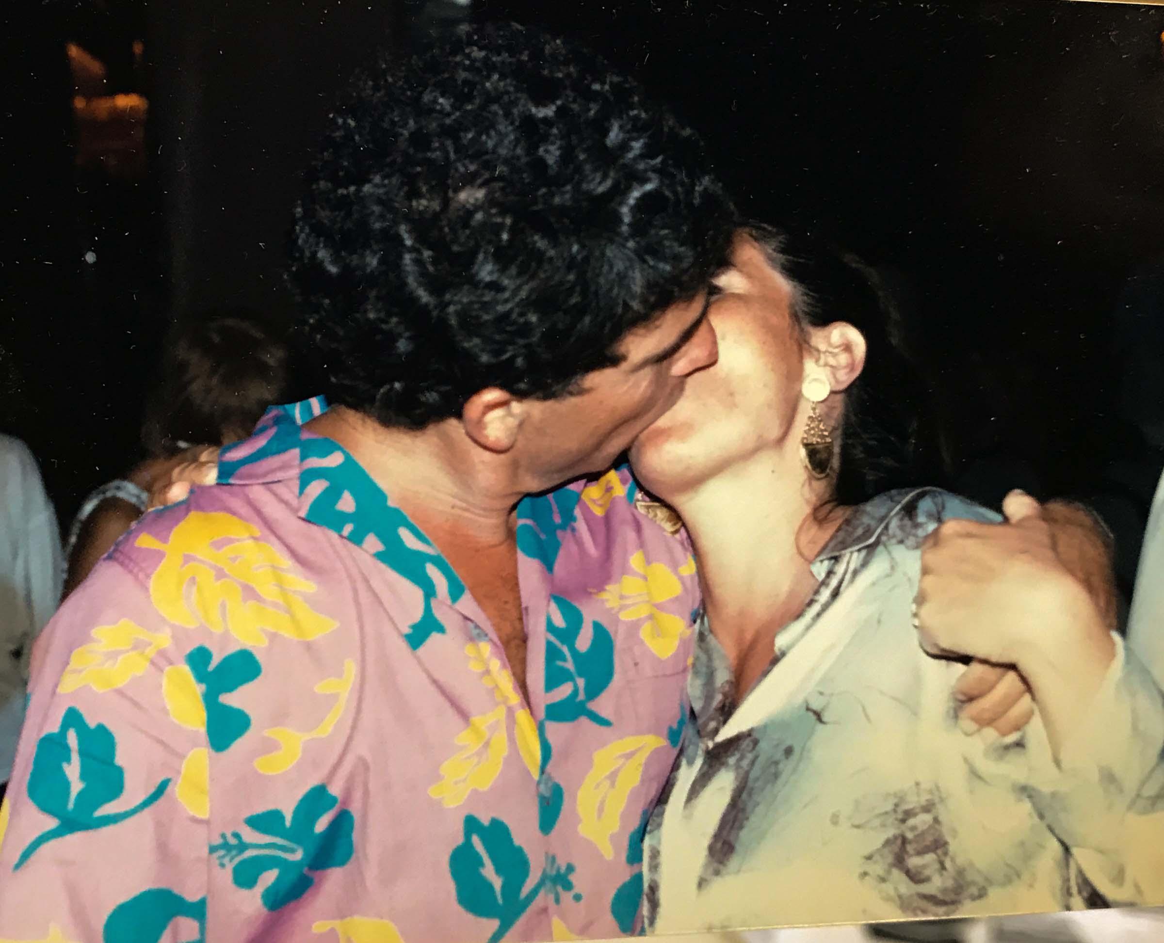 SITE-the kiss.jpg