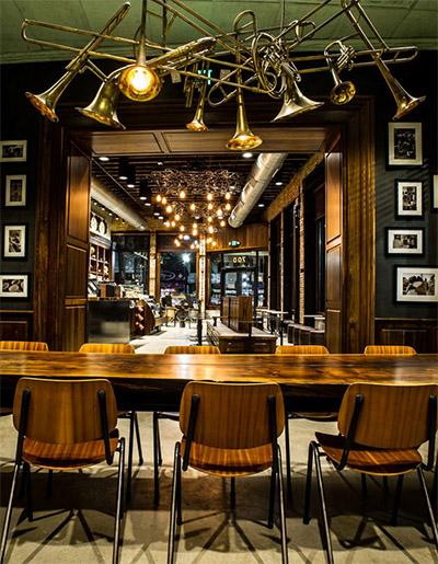 cafe-interior-design-lighting-2.jpg