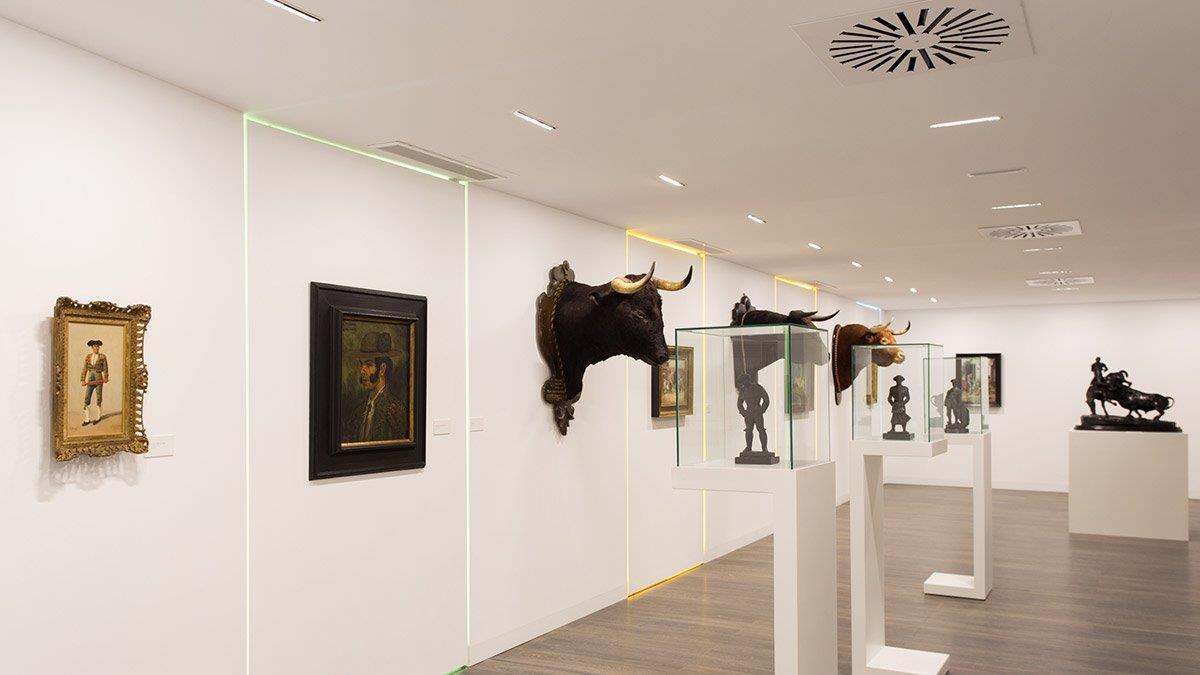 Centro-de-Arte-de-Tauromaquia_contentimage1 (002).jpg