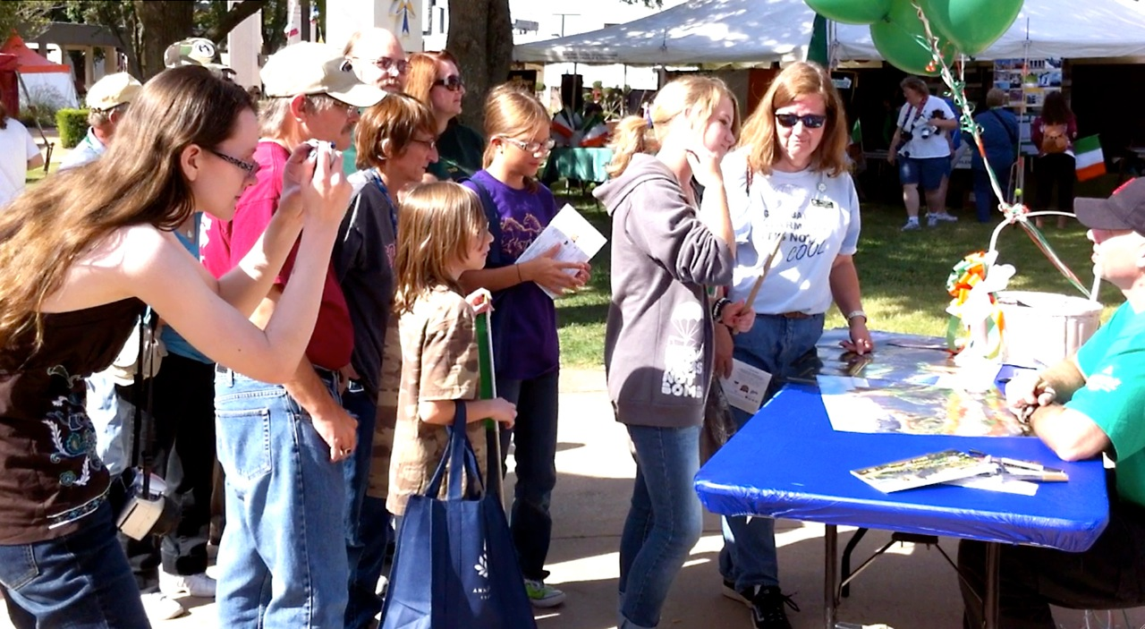 2010 Signing Line
