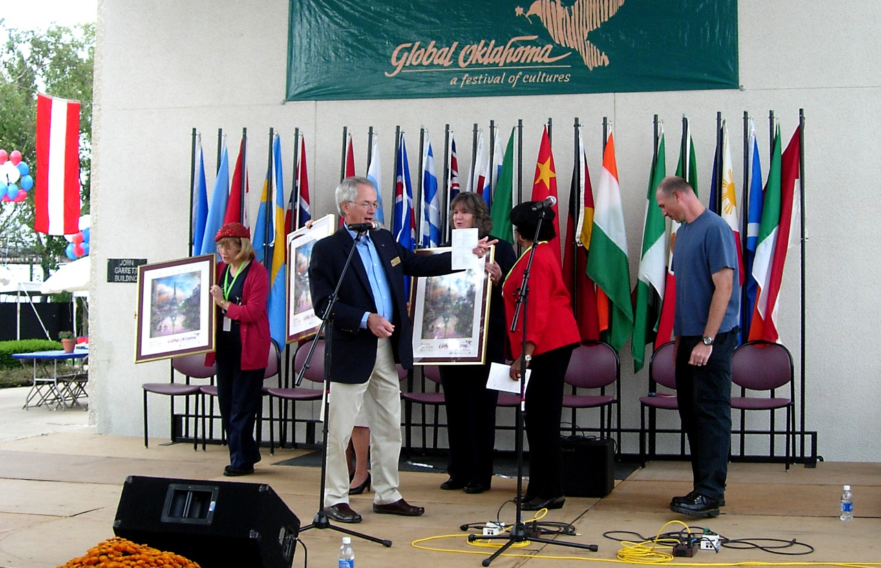 2009 Opening Ceremony. Dr. Britton, Rose President, is MC'ing, I'm in the blue shirt looking at who knows what.