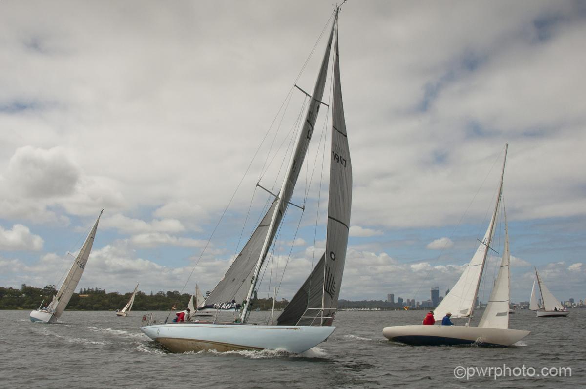 2014-15 race1-0170.jpg