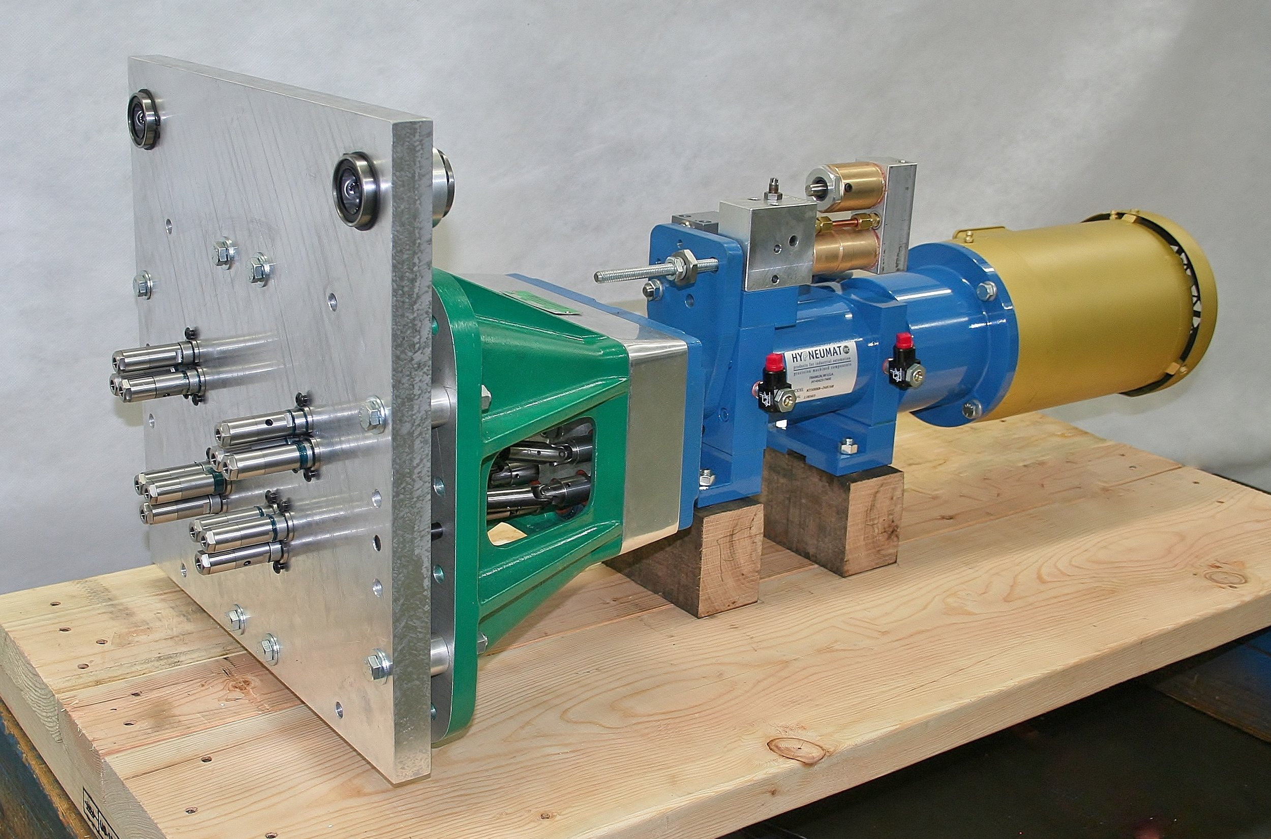 12-Spindle Fixed Position Plates Designed for Quick Changeover for Drilling a Variety of Multiple-Spindle Hole Patterns.