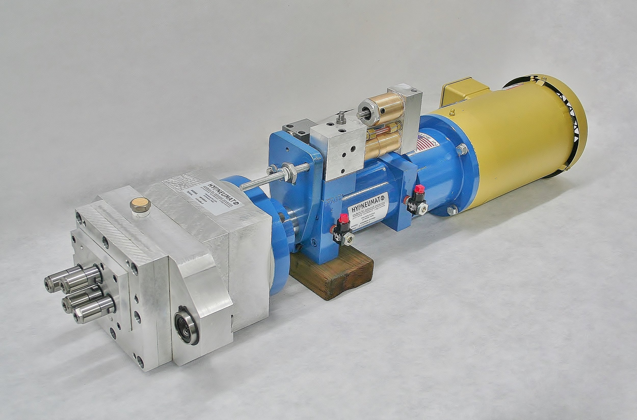 Heavy-Duty 4-Spindle Head with ER Collet Spindles, Guide Rod Bushings and FLange Adaptation to Automatic Drilling Unit.