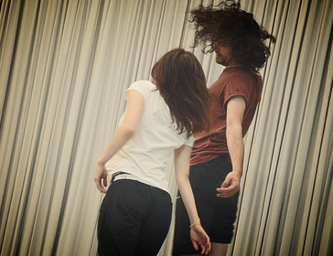 Workshops     Underlying patterns of motion  are my main curiosity when teaching and holding seminars. I use 'community studies', 'Rolfing-Structural Integration' and my research on 'flow' in my teaching practice.   Image: Dancing in Flow workshop at Tanzsprint (DE)