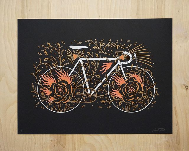 Unfortunate news with no MN Artcrank this year, but you can still get yourself a rad bike poster! Ride On the Wild Side screen printed posters are available on the shop. Only a limited number remaining! 🚲🔥 . . . . . #posters #posterart #bikeart #bicycle #artcrank #illustration #screenprint