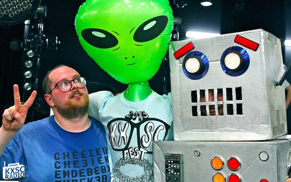 The Robot and Dan Deacon