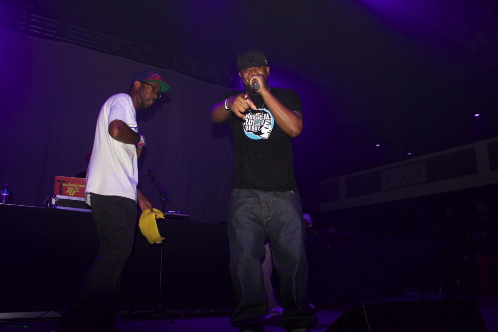 Ghostface Killah Performing Protect Ya Neck with a member of the crowd