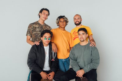 https://remezcla.com/features/music/inner-wave-profile/
