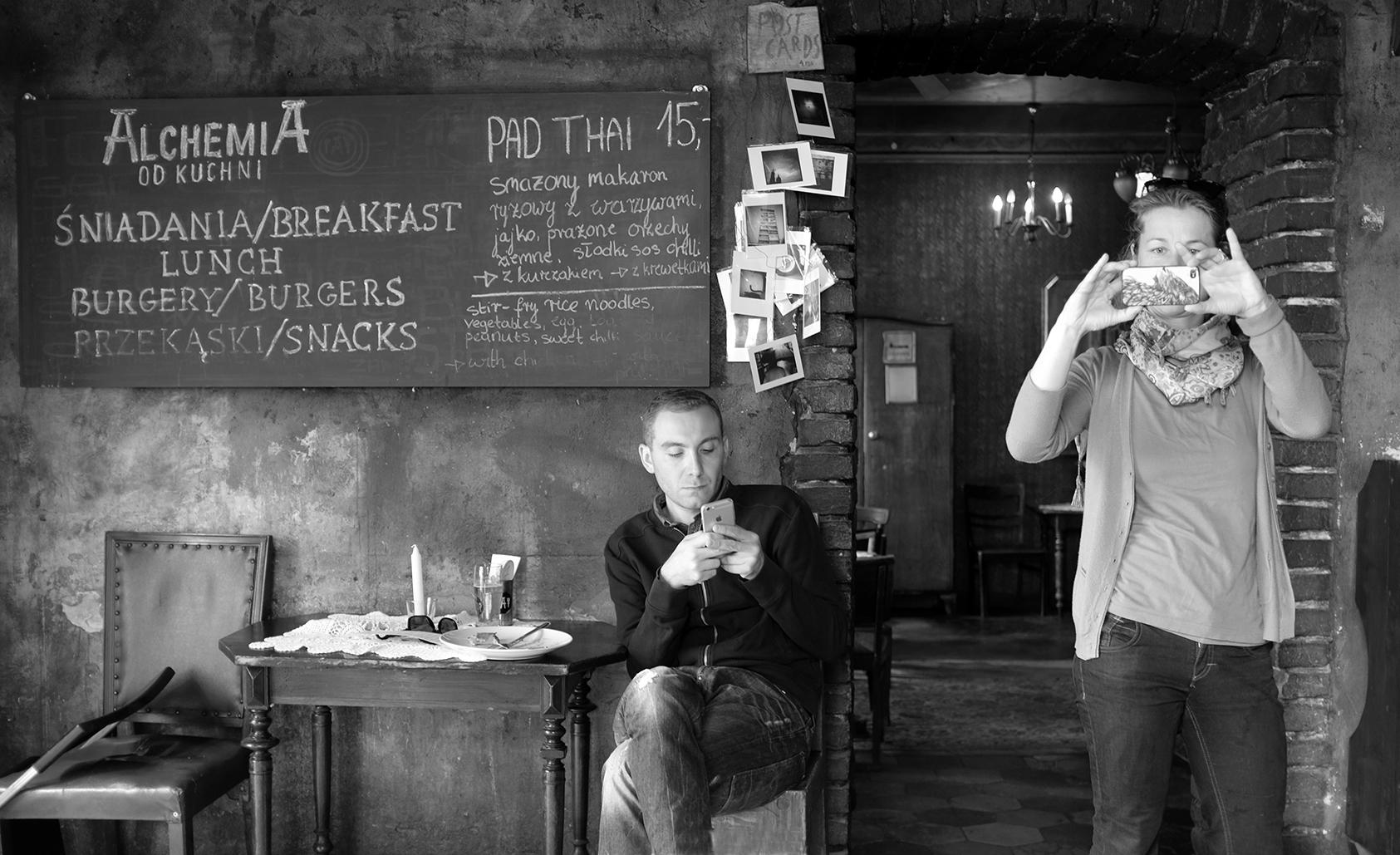 iphones, Krakow Cafe